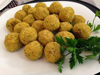FALAFEL – uma maneira deliciosa de comer Grão de Bico