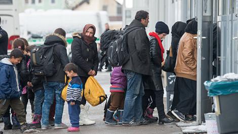 В лагерях беженцев ФРГ притесняют христиан