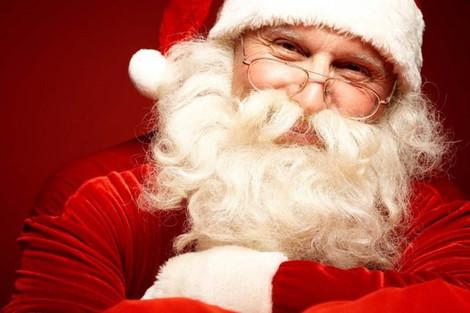 Санта-Клаус проигнорировал запрет на празднование Рождества в Брунее и раздал подарки детям