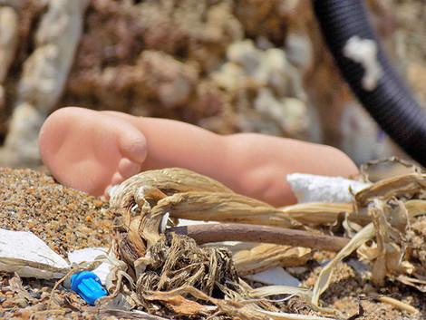 В Израиле на старом кладбище найдены куклы вуду