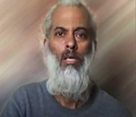 Священник, похищенный в Йемене, жив и просит о помощи