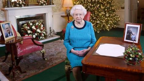 Королева Елизавета II пропустит рождественскую службу в церкви из-за простуды