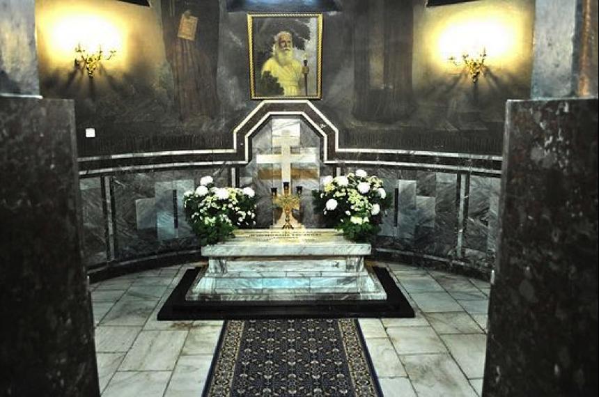 Гробница архиепископа Серафима (Собо
