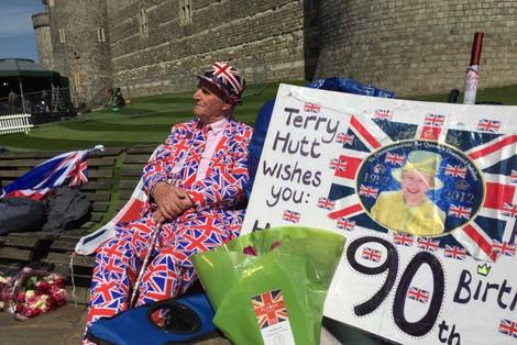 Queen Elizabeth celebrates 90th birthday, fans certain she will be sticking around