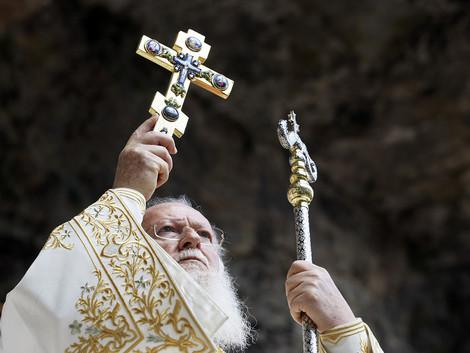 Патриарх Варфоломей совершил богослужение на руинах древнего монастыря Богородицы Фанеромени