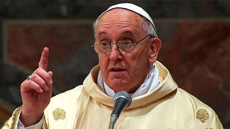 Ватикан опровергает слухи о намерении Папы рукополагать женщин