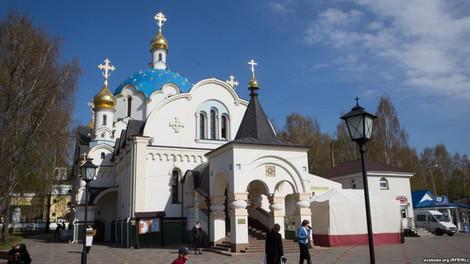 В белорусском монастыре сожалеют, что пригласили выступить российского подполковника