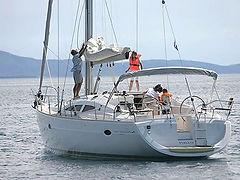 yacht charter in crete