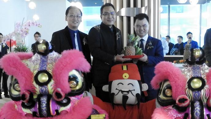 环球联富集团 孟沙南城新办公室开幕
