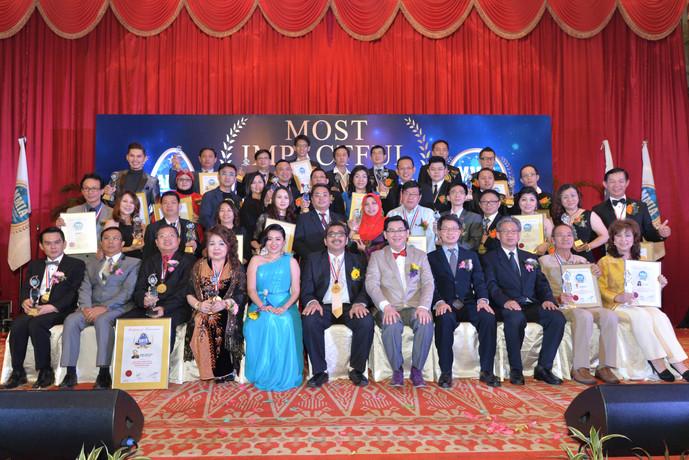2014年企业影响力奖颁奖典礼 高度肯定26中小企业与杰出贡献人士