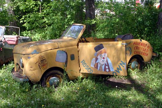 Rosco the Clown junkyard car 08.jpg