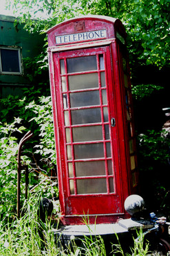 Old telephone booth 08.jpg