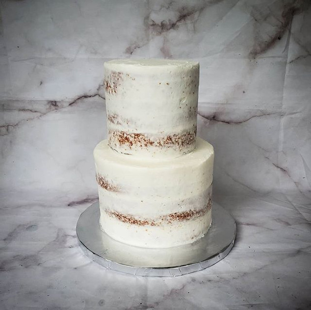 Naked cake trend. Going strong.jpe