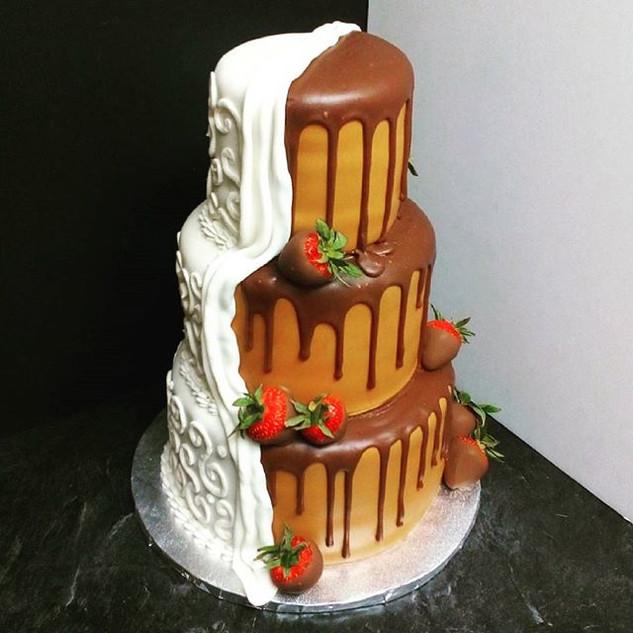 #mjcakery #chocolatecoveredstrawberries