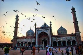 1024px-Jama_masjid_dilli6.jpg