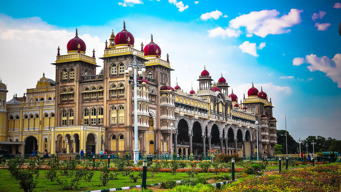Mysore-Palace-Best-Places-to-Visit-in-My