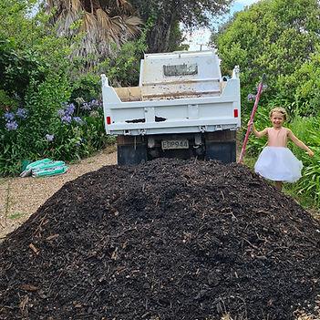 A truck load of Waiheke Mulch