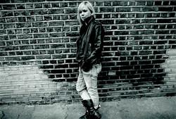 8 - Tori Handsley - crop bw