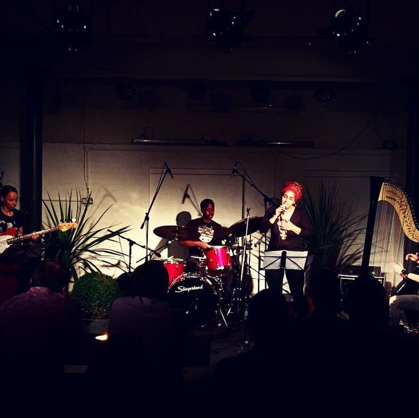 Tori Handsley Trio