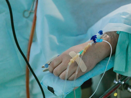 Spitalele trec la nivel critic și alocă 50% din locurile de pe ATI pentru bolnavii de Covid-19