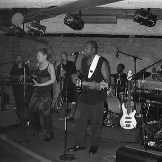 Band-B&W.JPG
