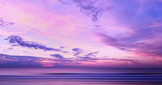 coucher de soleil sur une mer calme