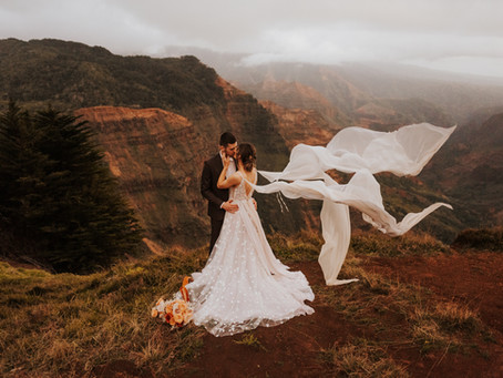KENZIE + DYLAN // STUNNING KAUAI WEDDING IN THE MOUNTAINS // HAWAII WEDDING PHOTOGRAPHER