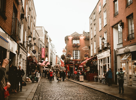 IRELAND // MY FIRST SOLO EXPERIENCE ABROAD