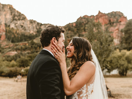 SARA + DAN // INTIMATE RED ROCKS WEDDING AT SLIDE ROCK PARK // SEDONA WEDDING PHOTOGRAPHER