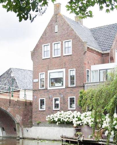 Familiehuis vanaf het water