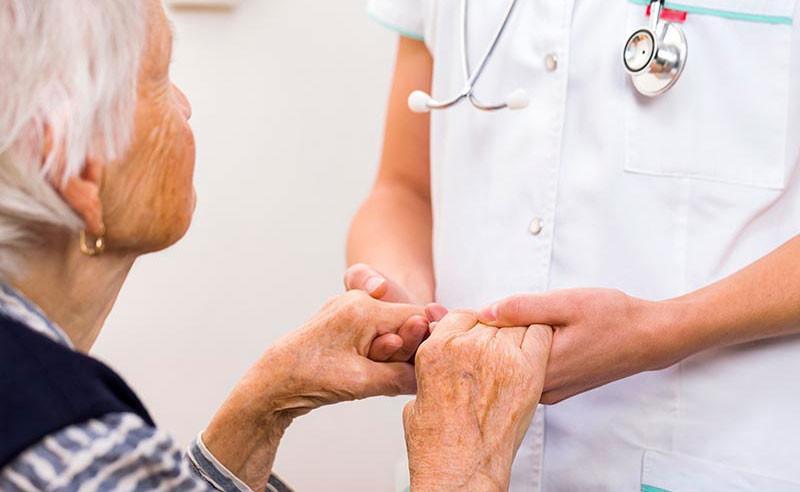 Ginecologista na terceira idade: até que idade se faz preventivo?