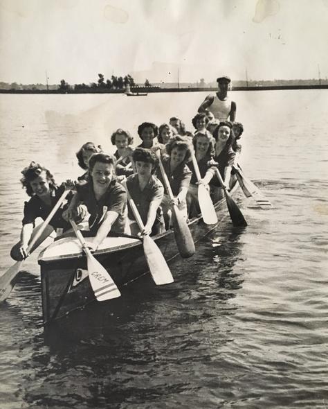 Équipe féminine  Archives du Musée de Lachine
