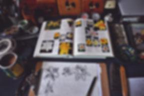 slideshow_11_desk_daffodils.jpg