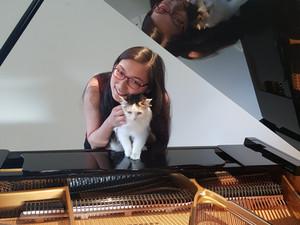 Sophie Sun - Piano