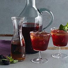 Carafe of Mango or Blackberry Iced Tea
