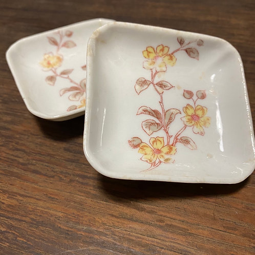 tiny Palette / yellow + brown flower dish