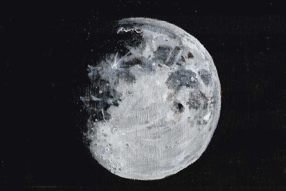 Moon - 001.jpg