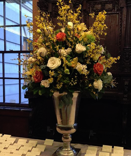 Escort card table with creams and yellows!!#andersonhouse #creams #yellowstone #spring #duranflorald