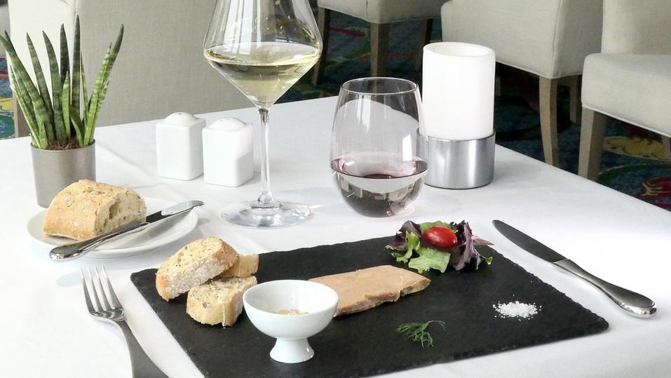 LA TABLE DE L'ERMITAGE