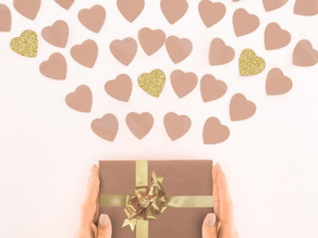 Valentine's Day: What Your Man Really Thinks of Your Gifts