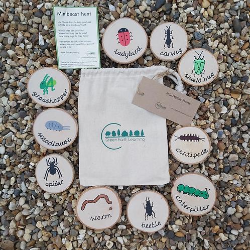 Minibeast Hunt - Wooden Outdoor Nature Toy for Children