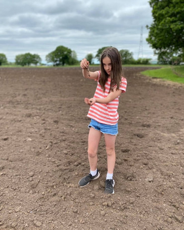 A lovely Sunday morning walk of the fields. Erin our very own #pumpkinprincess🎃 is checking the soil temperature and soil after the ground has been rotavated after ploughing. The field will be planted soon! #altrincham #cheshire #manchester #pumpkinpatch21 #dunhammassey
