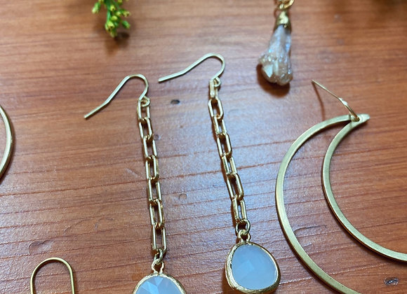Thick link moonstone
