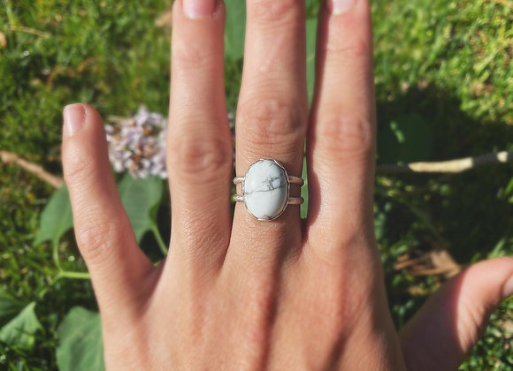 Howlite sterling Silver Size 8
