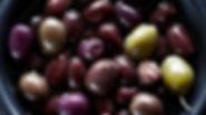 Etiqueta à mesa - Como comer azeitonas
