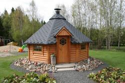 16,5 qm Kota von Wikinger Grill mit Natursteinen