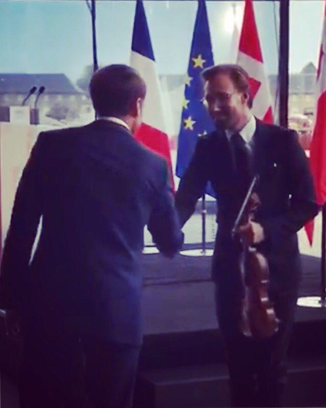 w. French President Emmanuel Macron