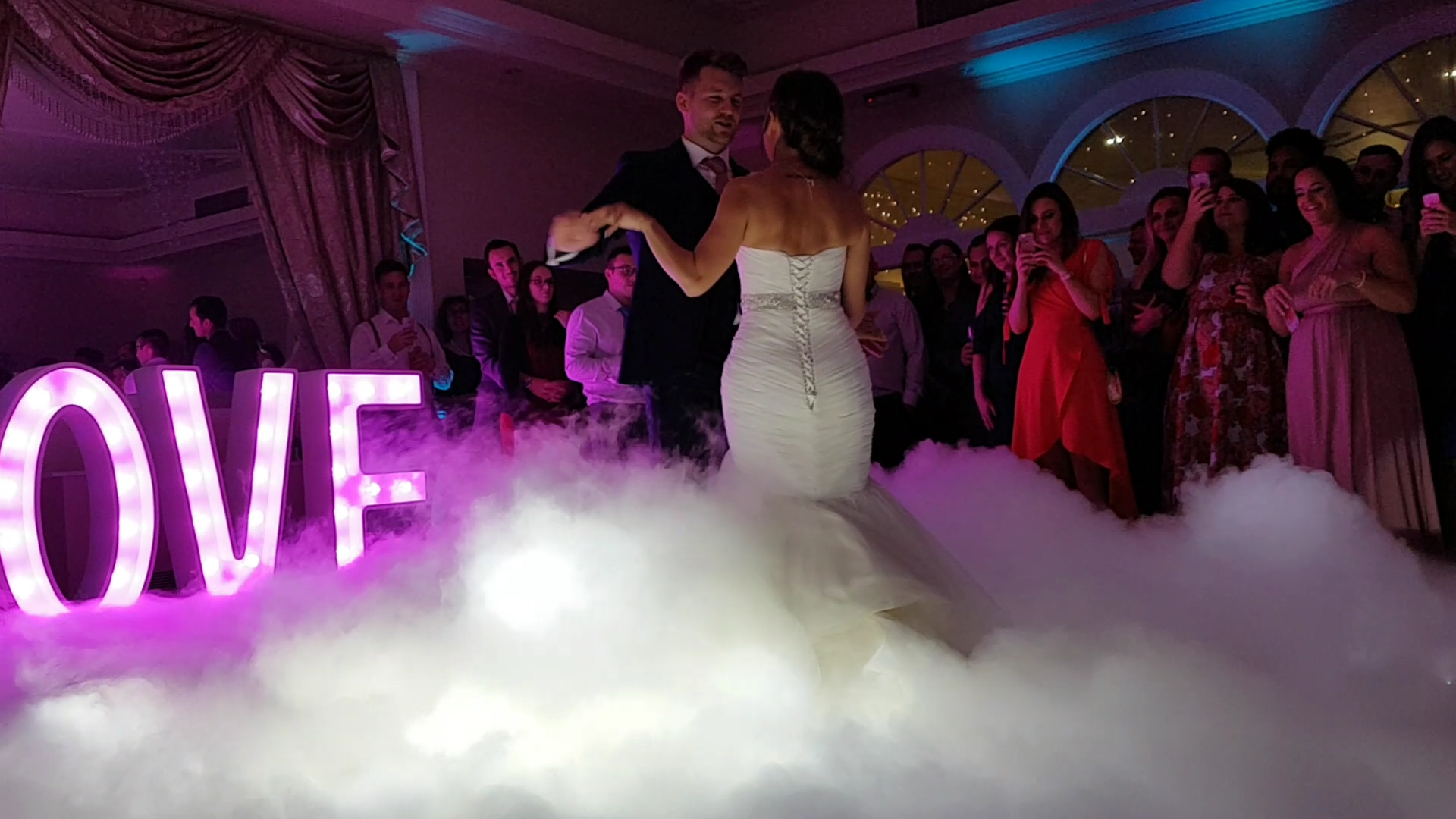 Stunning Effect for your First Dance