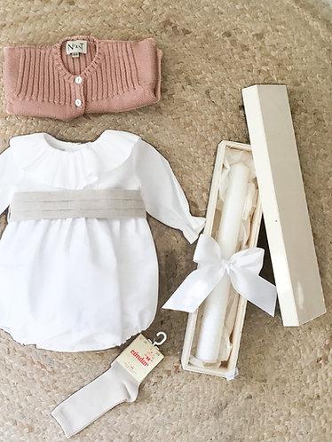 Long sleeve white linen romper with frill/ Fofo m/comp Linho branco com folho