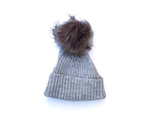 Knit hat/ Gorro